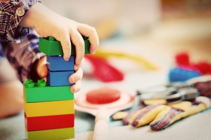 Zabawki dla malutkich dzieci